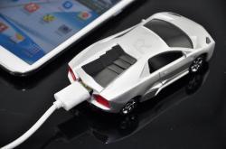 Внешний аккумулятор в виде автомобиля с дисплеем  (6000мАч)