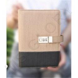 Ежедневник с зарядным устройством и замком из 2 цветов эко кожи