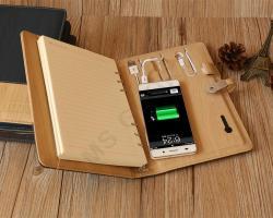 Ежедневник с зарядным устройством и флешкой 2 цвета кожи